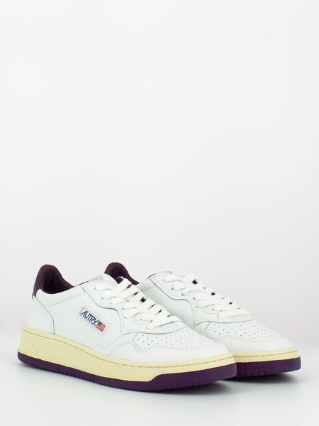 Sneakers 01  low white / violet