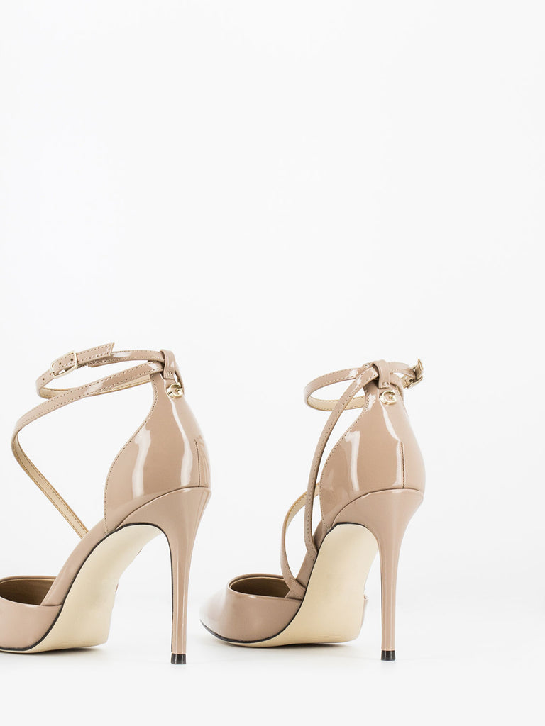 GUESS - D'orsay in vernice nude