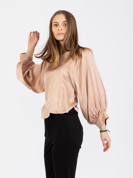 Blusa in viscosa satinata mandorla