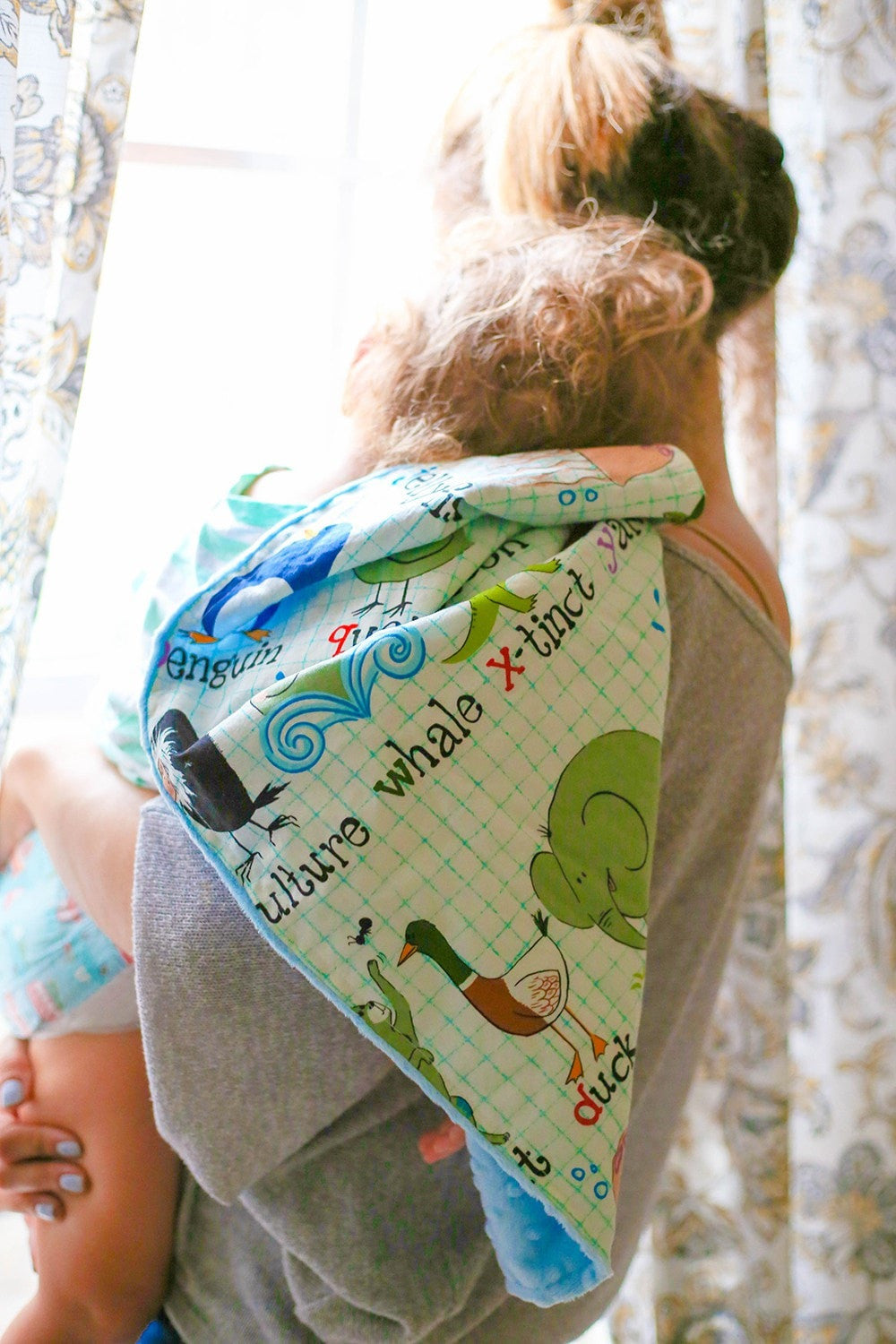 A to Z with Me Minky Baby Blanket - KidEssence