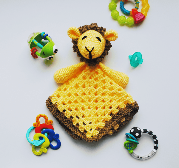 KidEssenceShop: Baby Toys - Baby Lion Lovey Blanket