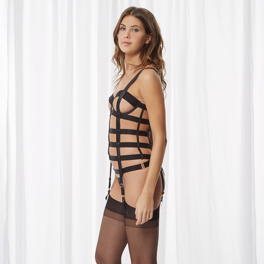 Silchester Basque Black