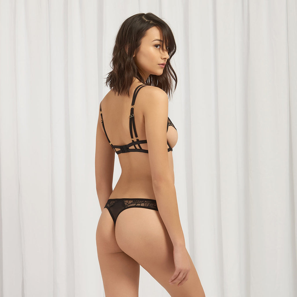 Emerson Thong Black