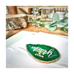 natural green groom agate slice with white calligraphy as table setting