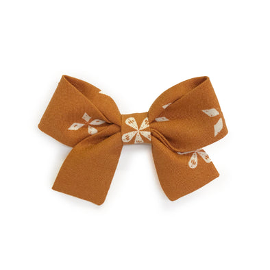 Jane Bow - Meadow in Caramel