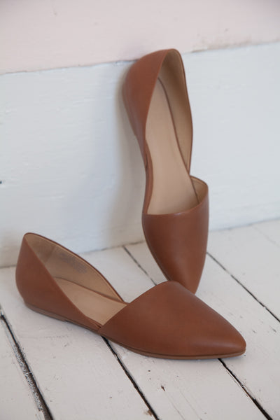 ABLE Sarai Pointed Flat