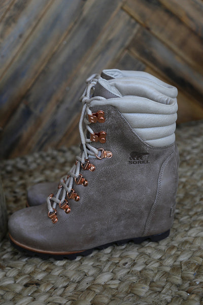 71013f7ae9c2 ... Sorel - Conquest Wedge Holiday Boot ...