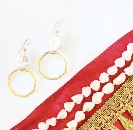 Levy Earring, White Coin Pearl