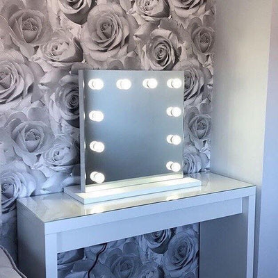 Rihanna Hollywood Mirror for makeup vanity dressing table
