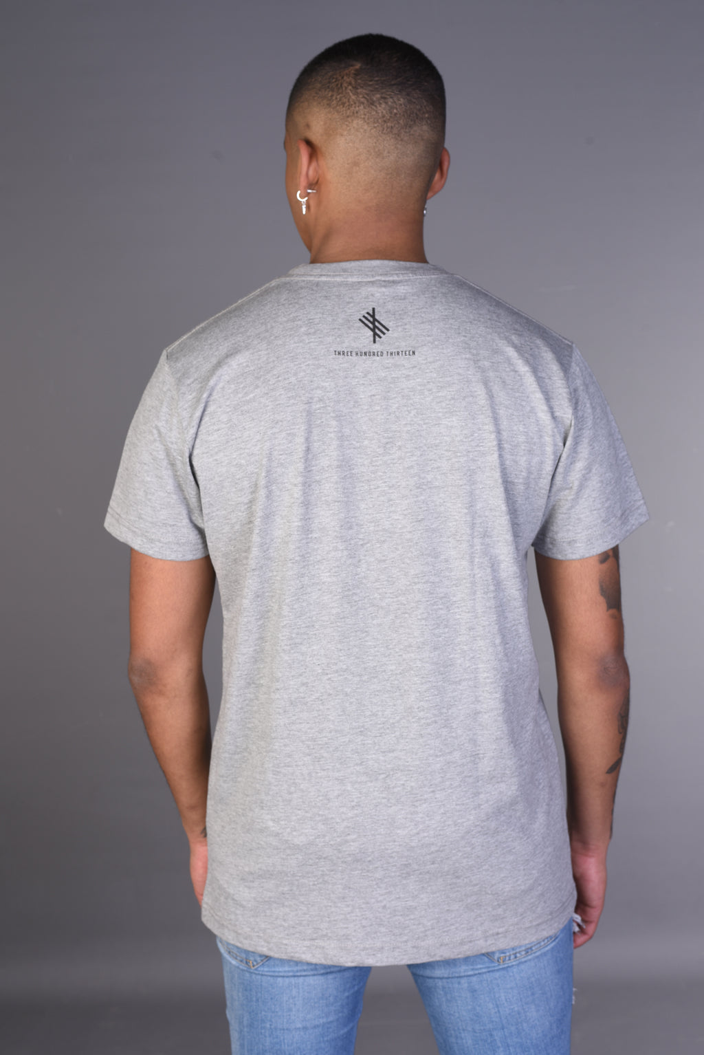 VINI VIDI VICI - Heather Gray Tee