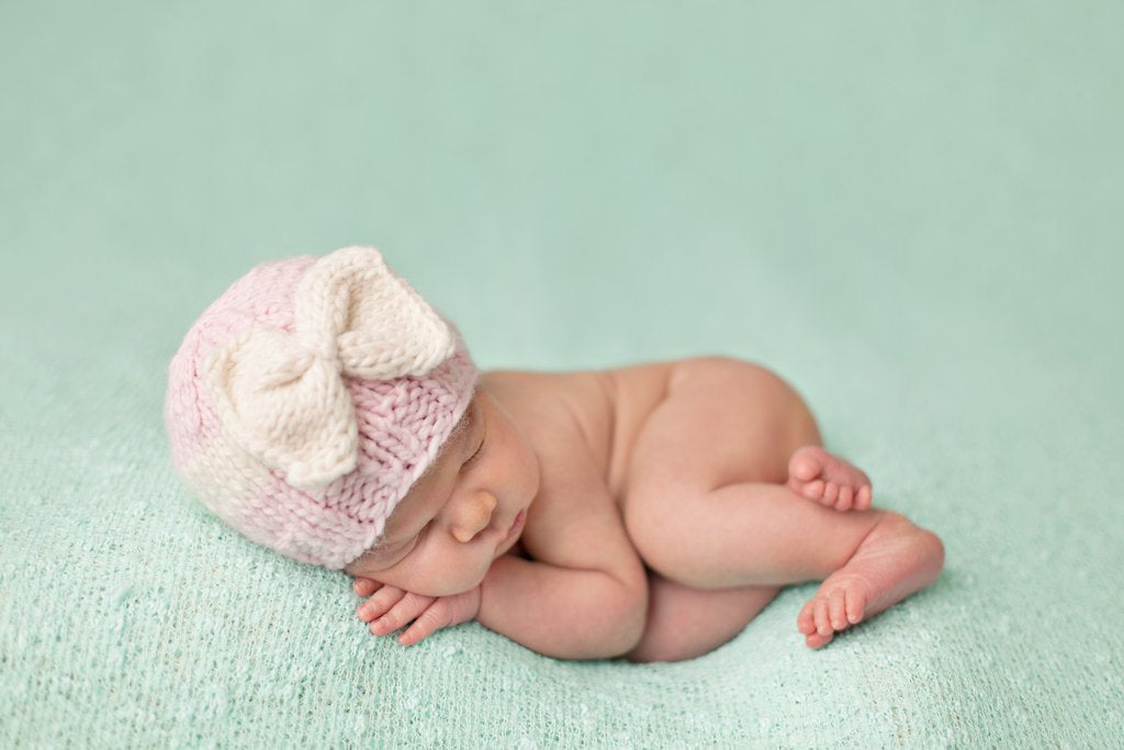 Sabrina Bow Knit Hat in Pink and Cream