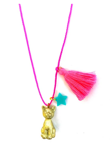 gunner and lux sawyer the cat necklace teen vogue