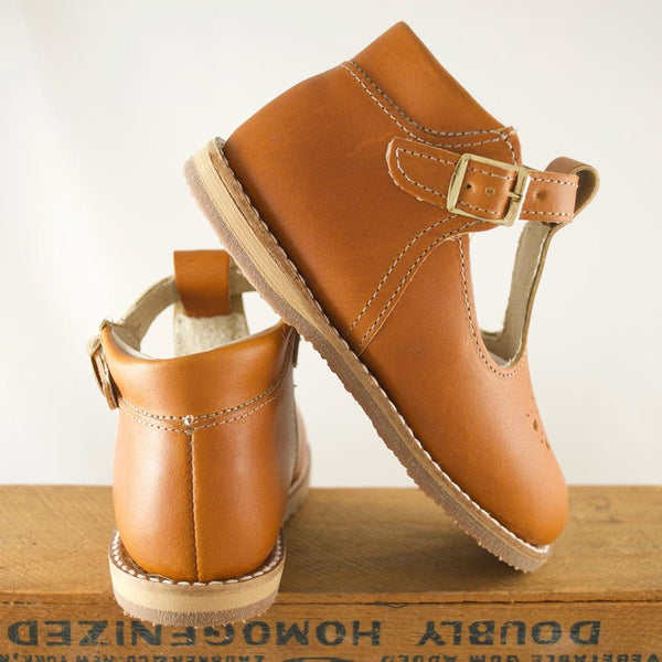 Greta T-Strap in Tan