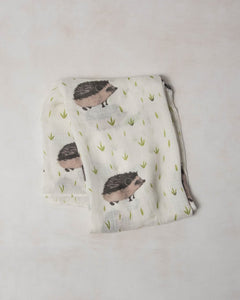Deluxe Swaddle - Hedgehog