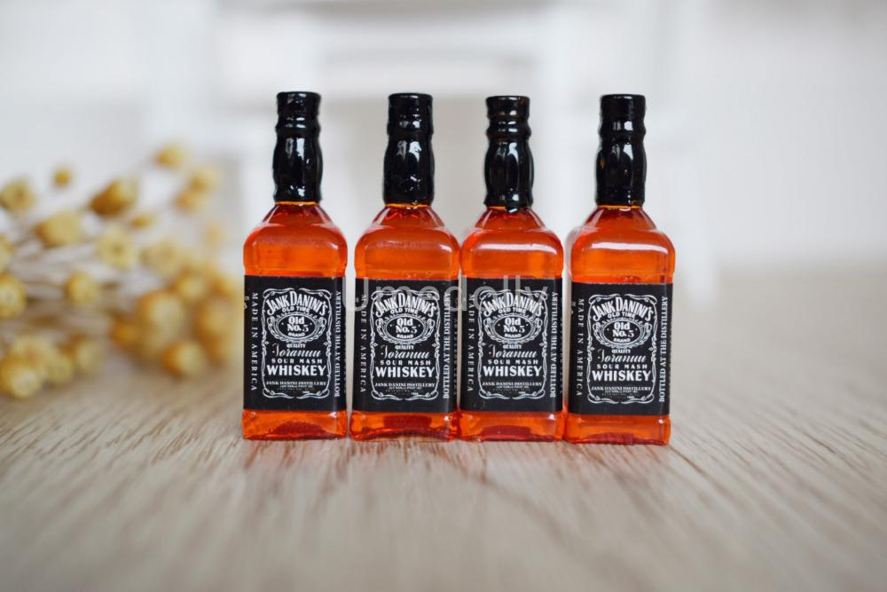 Miniature Whisky Drinks