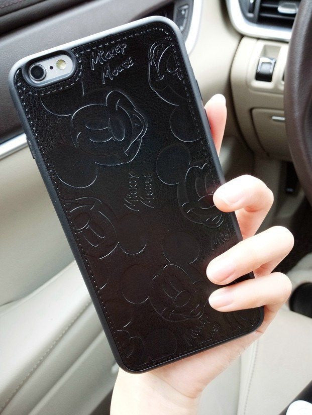 newest d1f40 b0127 Mickey Mouse Leather Case for iPhone 6 / 7