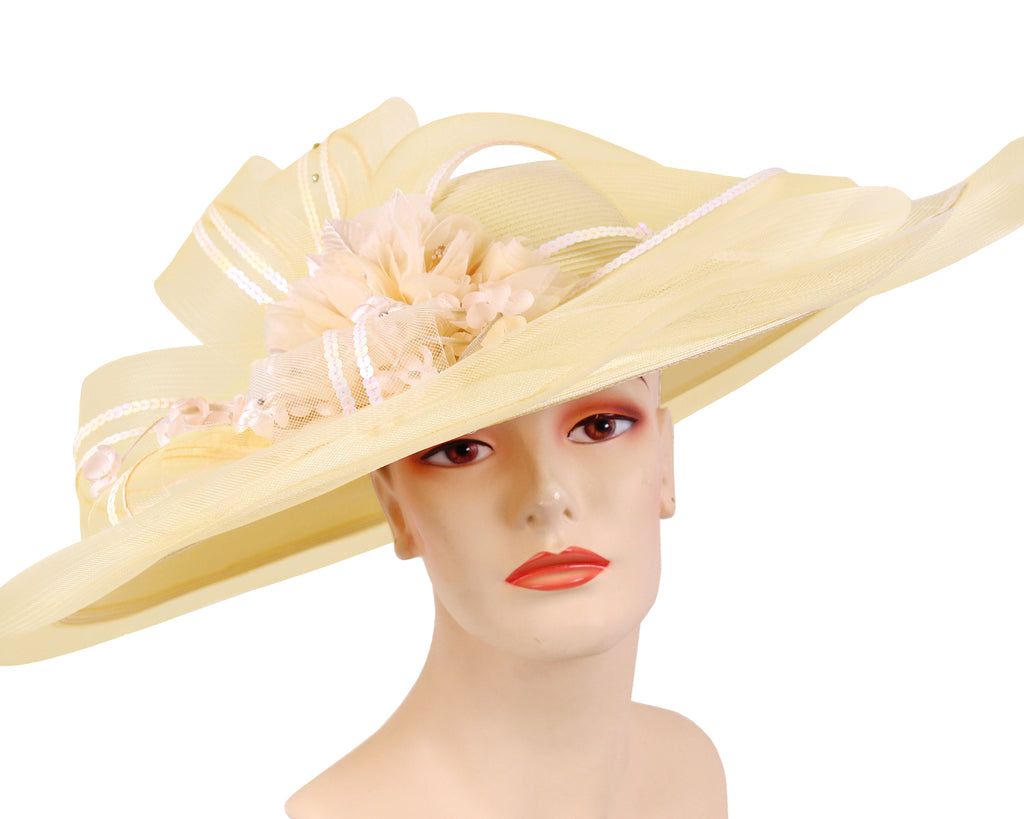 Women's Wide Brim Straw Derby Church Hats in Cream and Light Pink