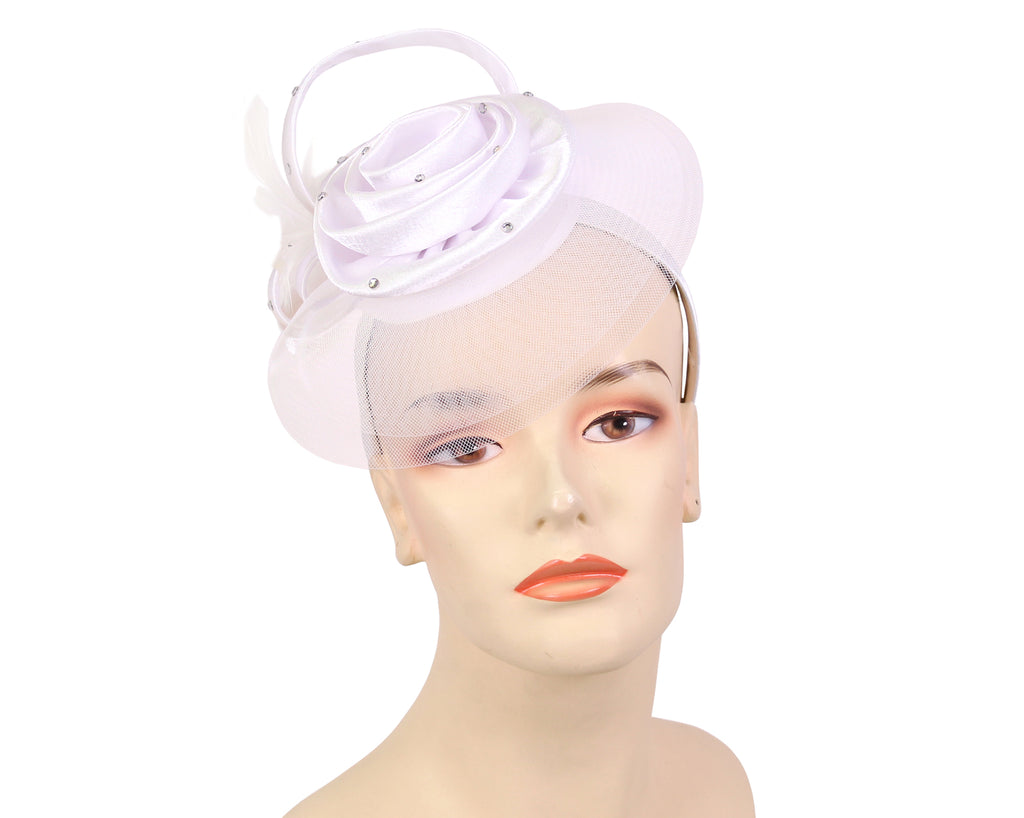 Women's Fascinator Hat in White