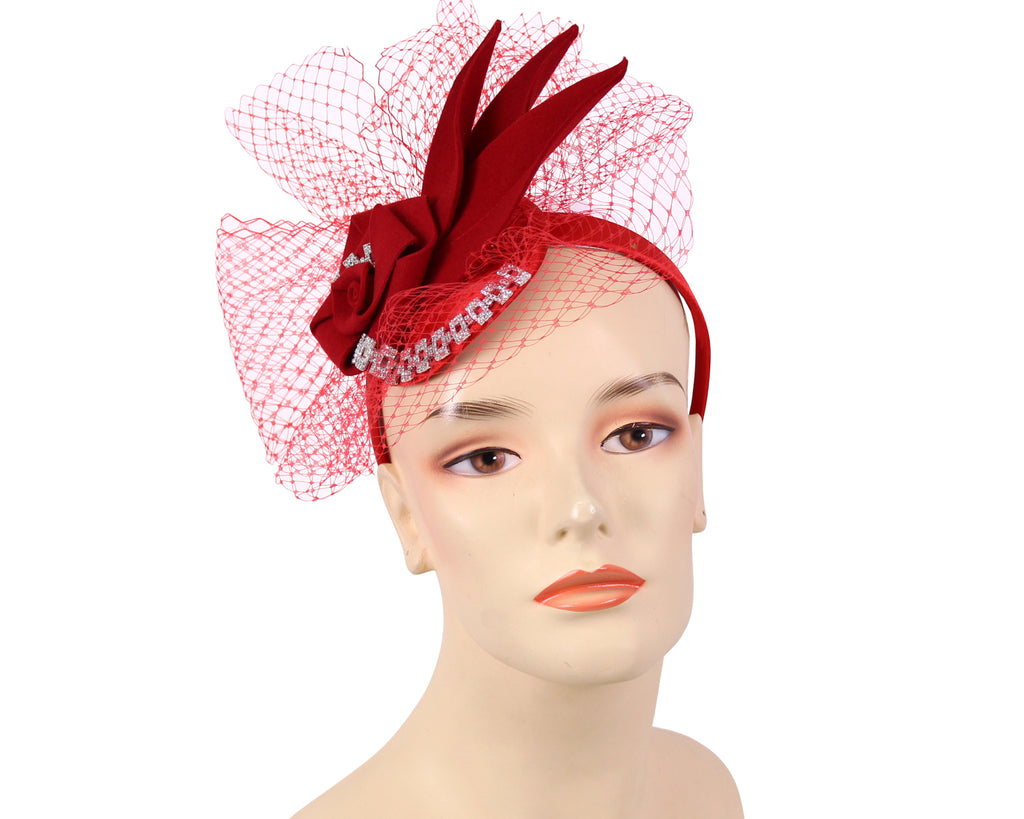 Women's Felt Church Fascinator in Red