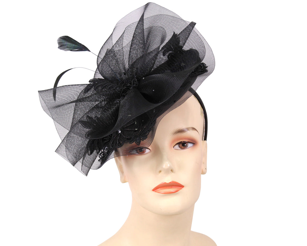 Women's Fascinator Hats in Black
