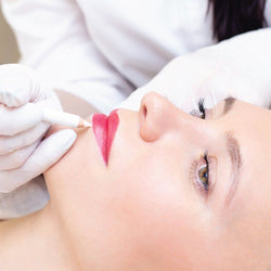 MICROBLADING LIPS PERMANENT MAKE-UP Simple Product Dermaesthetics Beverly Hills