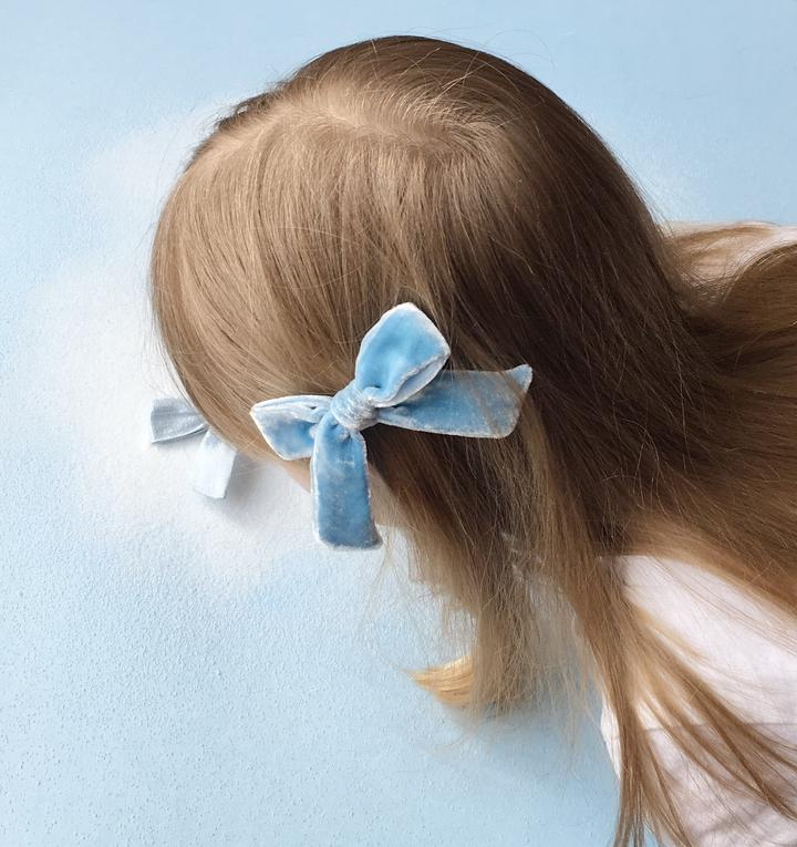 The Lucy Handtied Medium Velvet Bow // Blue Eyes