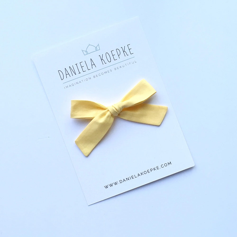 The Lucy Handtied Medium Bow // Butter