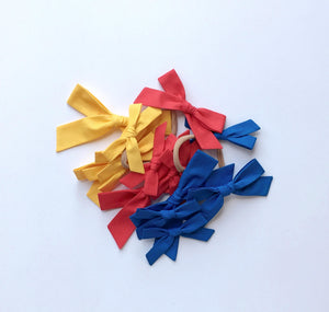 The Lucy Handtied Medium Bow // Marigold