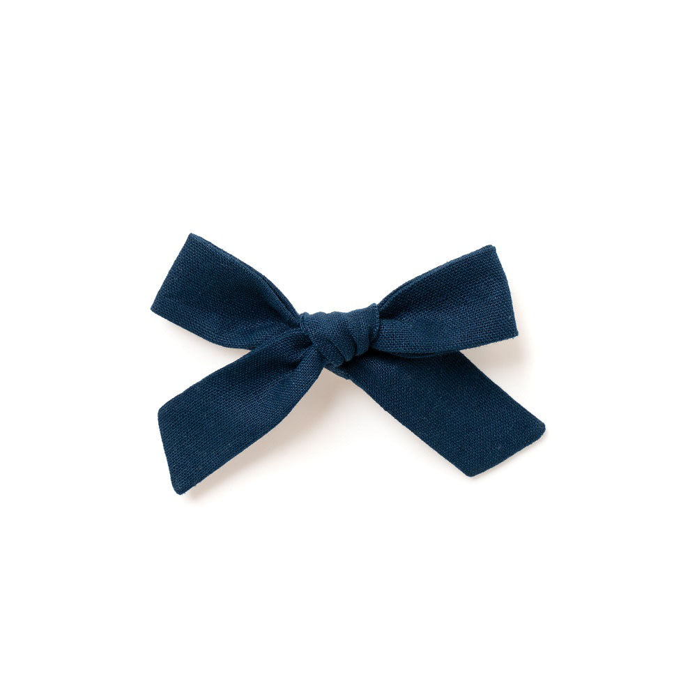 The Lucy Handtied Medium Bow // Marie-Helene