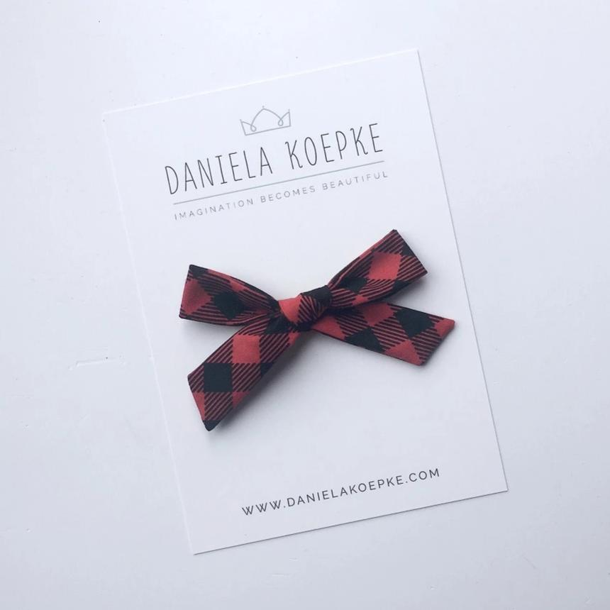 The Lucy Handtied Medium Bow // Grunge
