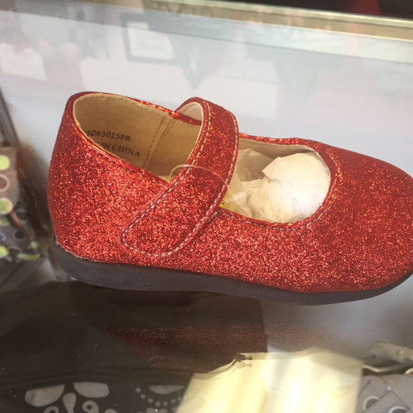 Itzy Bitzy Red Sparkle Squeaky Shoes - JEN'S KIDS BOUTIQUE