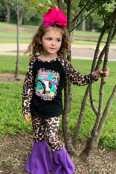 NEW FALL BLACK TOP WITH PRINTED COW & CHEETAH SLEEVES W/ MATCHING BOTTOMS. - JEN'S KIDS BOUTIQUE