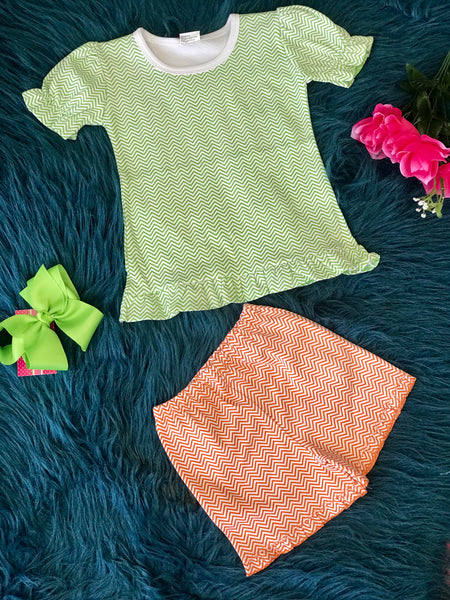 2019 chevron green and orange adorables on shorts set