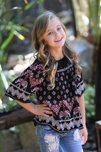 2018 Spring adorable Kids Crochet Elastic Off Shoulder Elephant Print Top - JEN'S KIDS BOUTIQUE