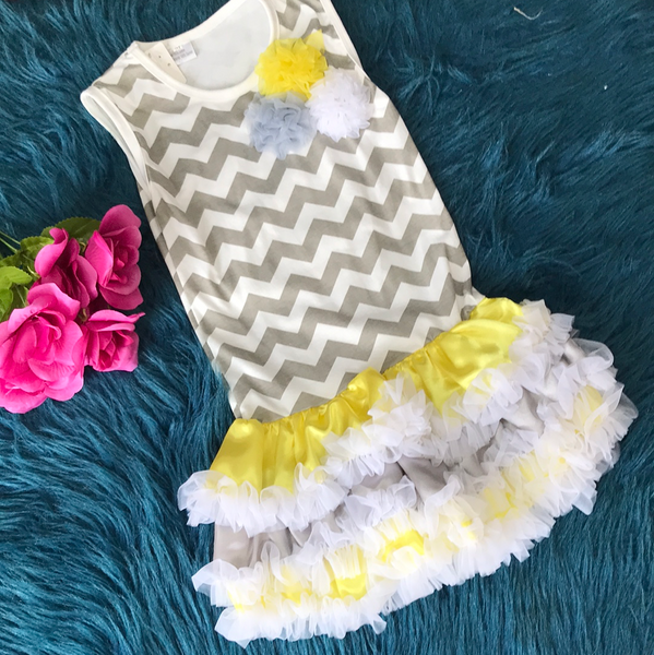 Spring Grey & White Chevron w/ Yellow & Grey Tutu CLS - JEN'S KIDS BOUTIQUE