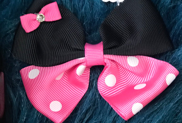Character Fun Small Minnie Hot Pink Clip Hair Bow - JEN'S KIDS BOUTIQUE