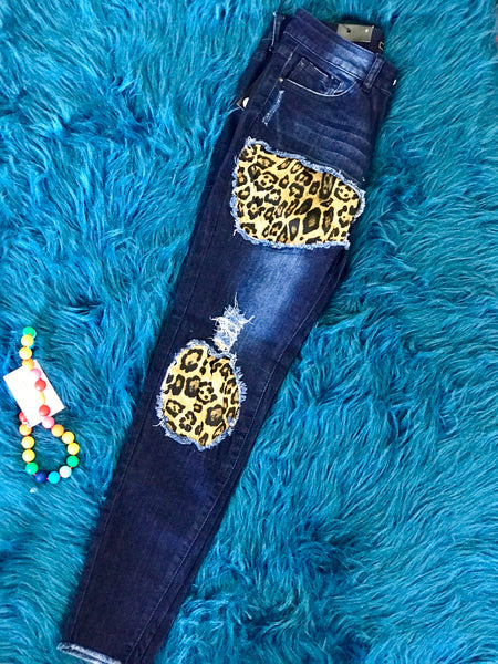2018 Fall Women's Midwash Relaxed Fit Skinny Jeans With Leopard Print Detail - JEN'S KIDS BOUTIQUE