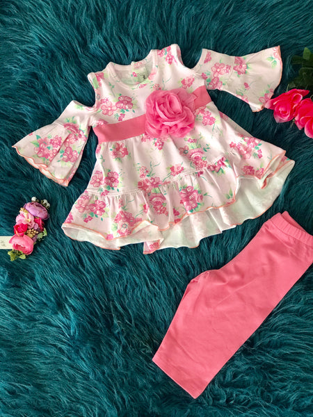 2019 Spring & Summer Sassy Me Adorable Pink Floral Cold Shoulder & Capri Shorts Set - JEN'S KIDS BOUTIQUE