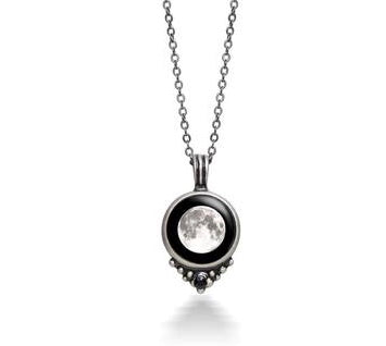 Moonglow Pewter Swarovski Crystals Necklace
