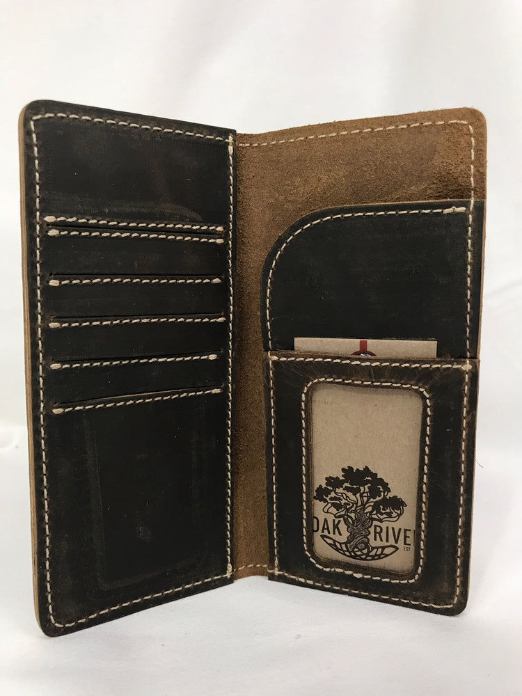 Oak River Men's Leather Bi-Fold Wallet