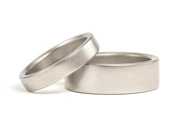 Matte titanium wedding bands (00002_4N7N)