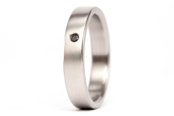 Titanium and graphite wedding bands with Swarovski (00002_4S13_01300_7N)
