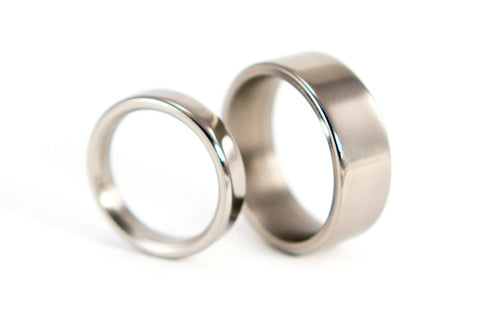 Polished titanium wedding bands (00004_4N7N)