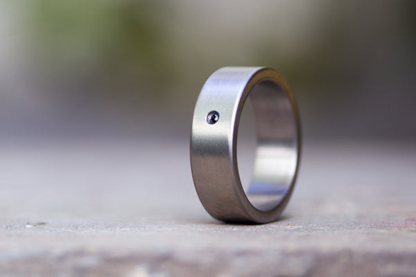 Matte titanium ring with diamond (00002_7Dn)