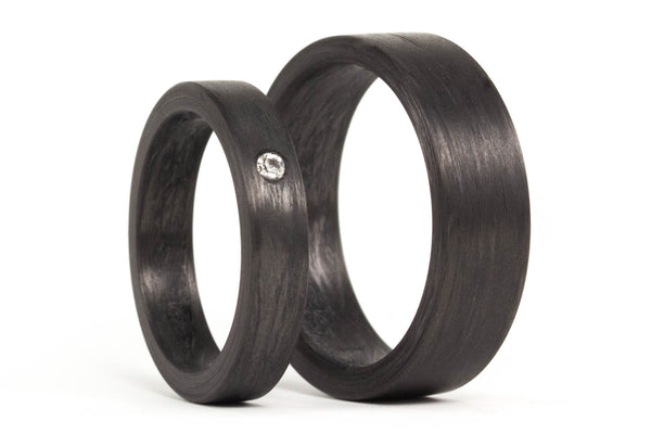 Carbon fiber wedding bands with Swarovski (00101_4S1_7N)