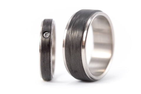 Titanium and carbon fiber wedding bands with Swarovski (00324_4S1_8N)