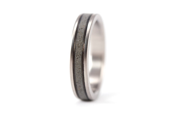 Titanium, concrete and carbon fiber ring (00800_4N)