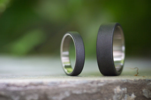 Titanium and graphite wedding bands (01300_4N7N)