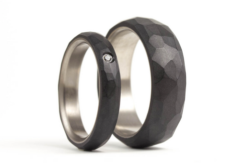 Hammered titanium and graphite wedding bands with Swarovski (01301_4S1_7N)