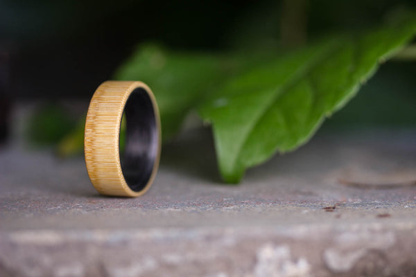 Bamboo and carbon fiber inside ring (03002_7N)